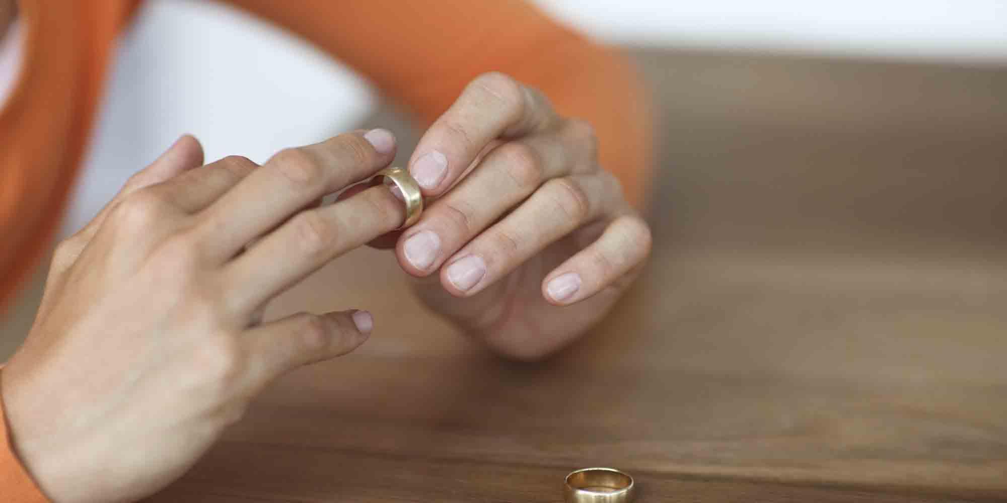 When to Consult a Divorce Attorney in Fairfield County, Connecticut (CT)